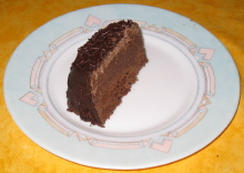 photo d une part de cake au chocolat